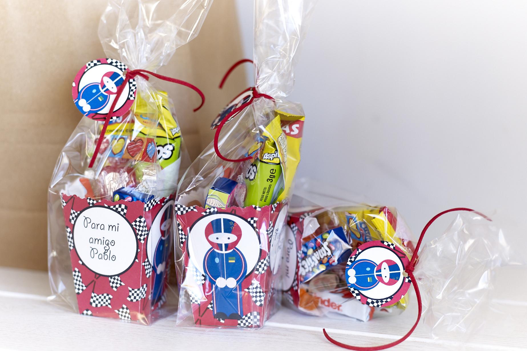 Cumplea os ni o celebralobonito banderines y decoraci n - Carro de chuches para cumpleanos ...