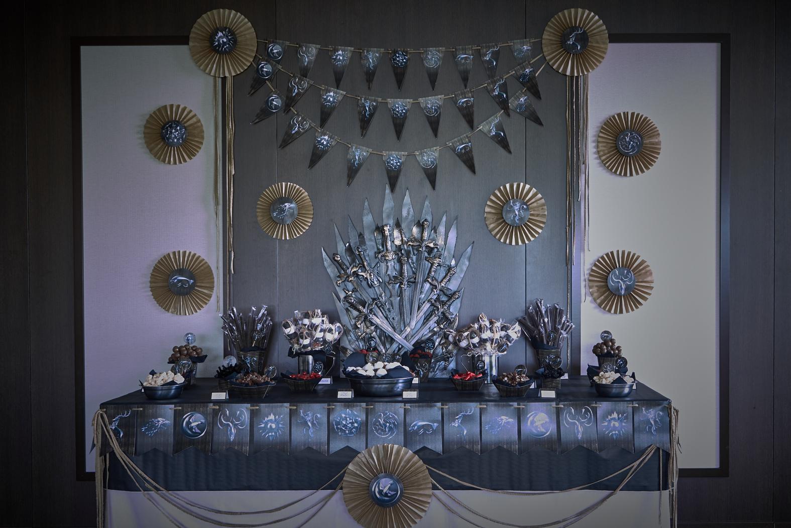 Candy bar celebralobonito banderines y decoraci n para - Decoracion chuches para cumpleanos ...